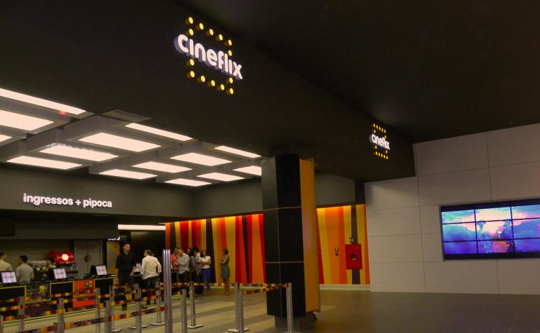 Cineflix - Shopping JK