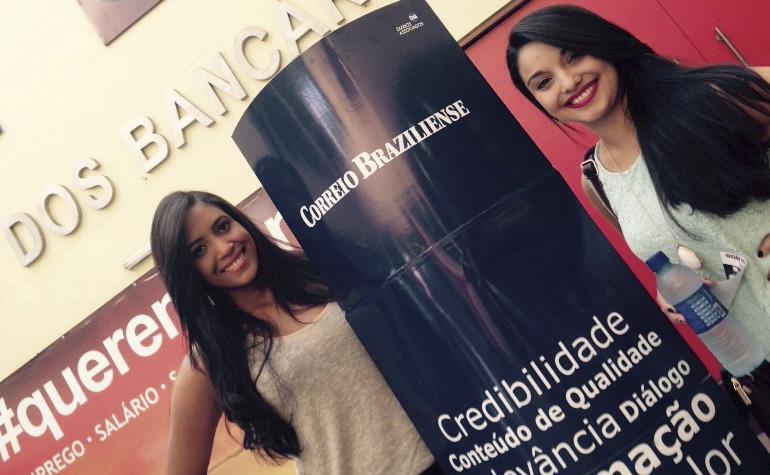 Daniela Souza da Silva e Viviane dos Santos