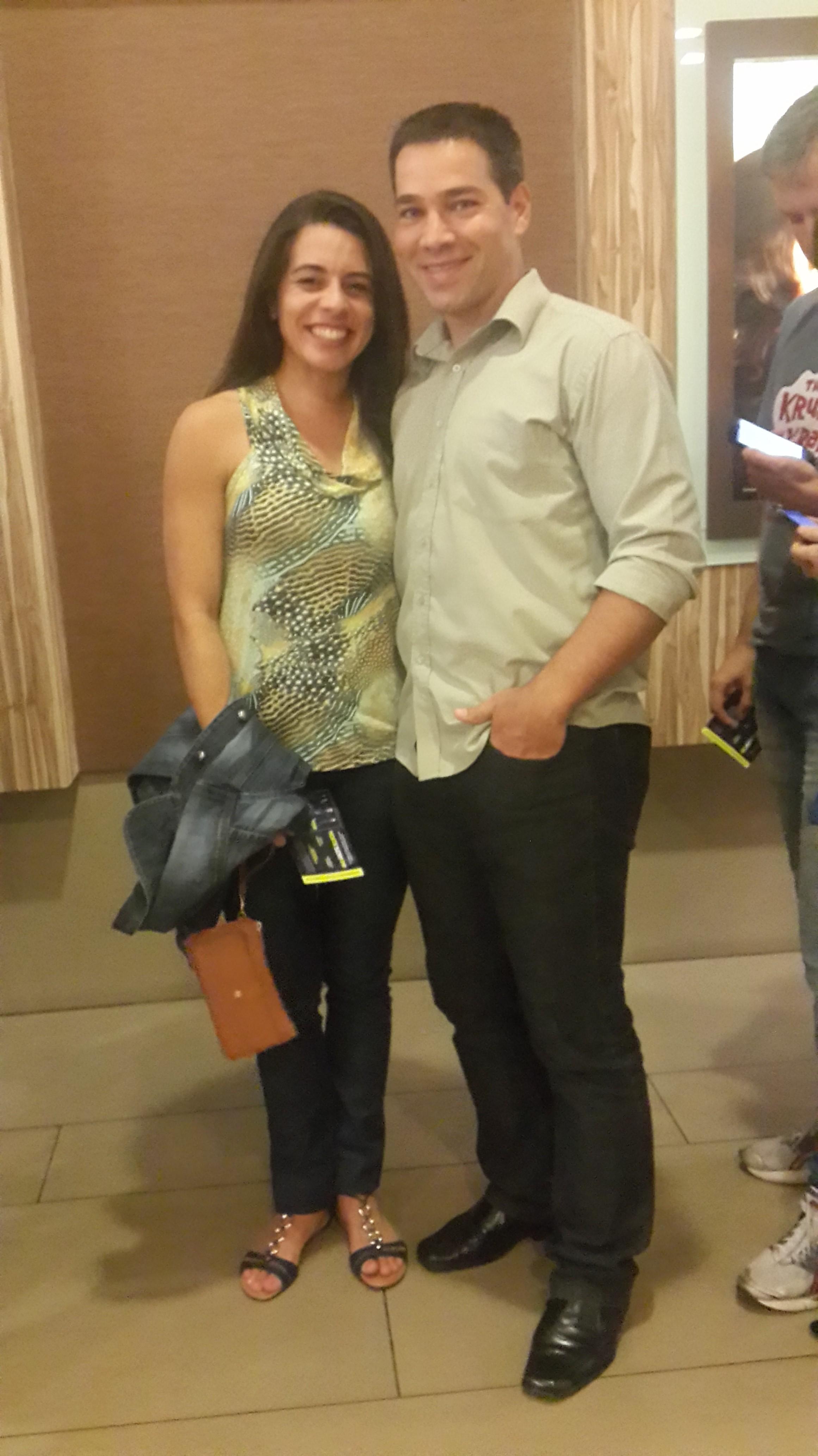 Kelly Guimarães e James Belório