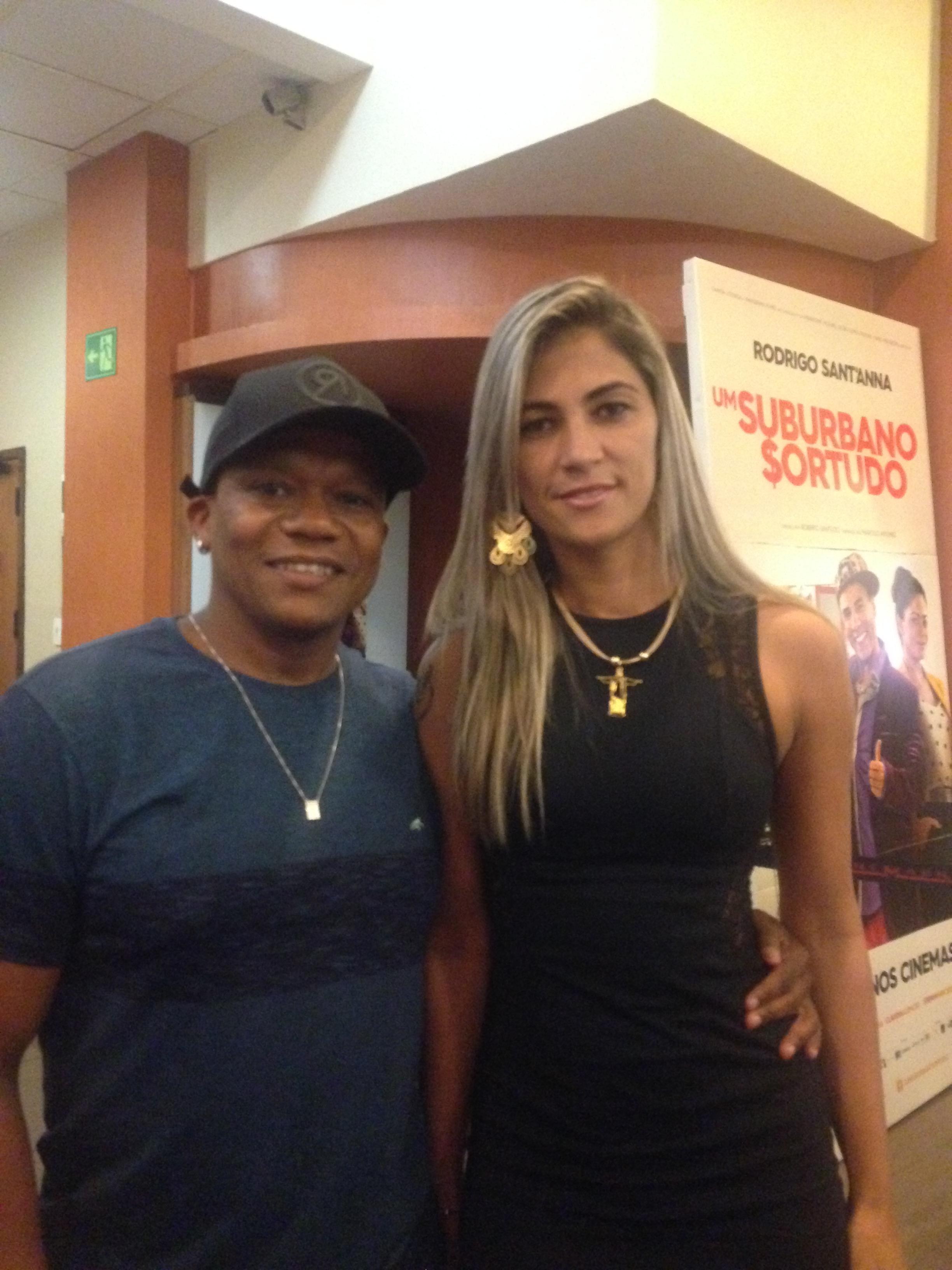 Marivaldo Rodrigues de Almeida e Raquel Camargo