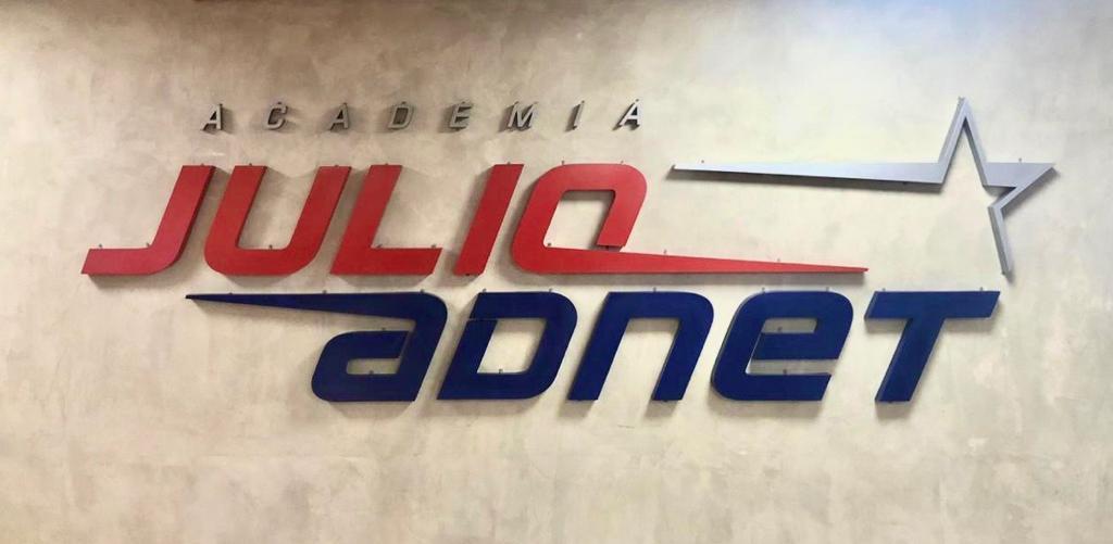 Academia Julio Adnet | Terraço Shopping