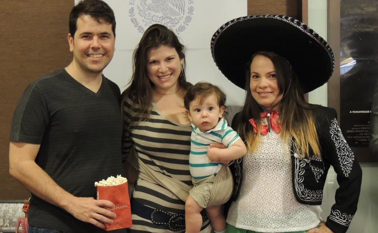 Fernando Viana, sua esposa e seu filho