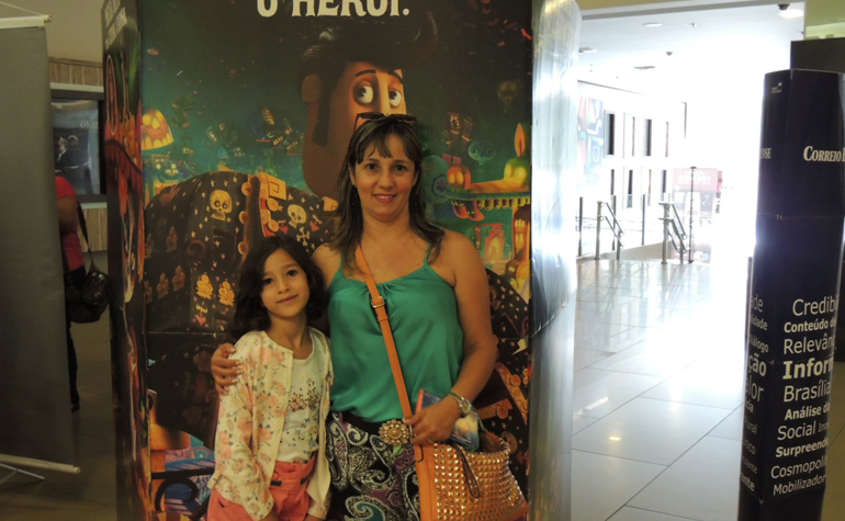Monica Teixeira e sua filha
