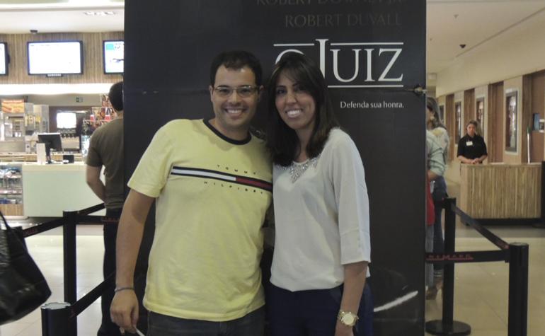 Danilo dos Santos Maia Junior e Caroline Policeno