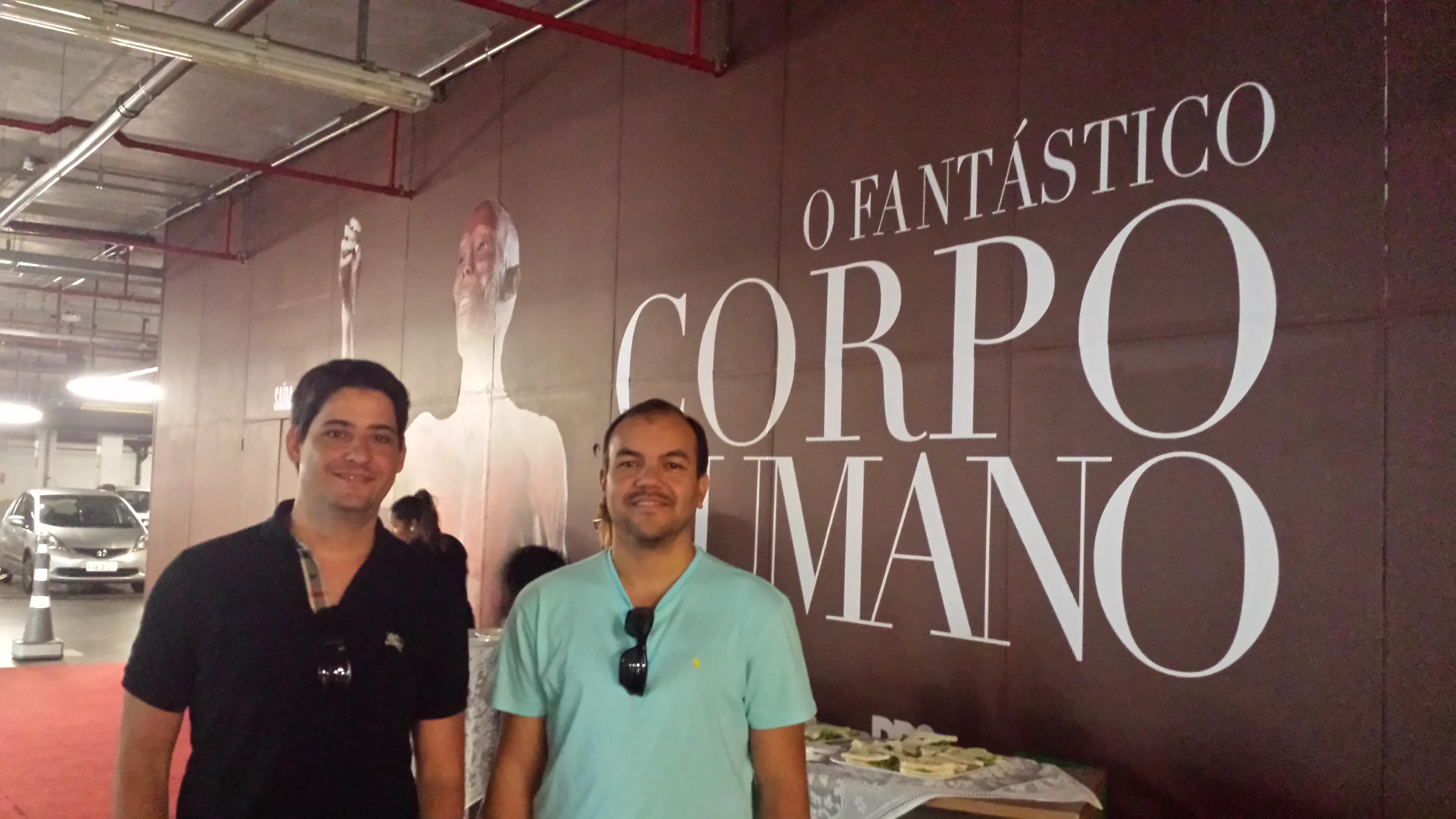 Anderson Luiz Porto Costa e Regis Salomão